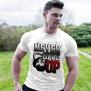 Фитнес тениска Never Give Up - бяла